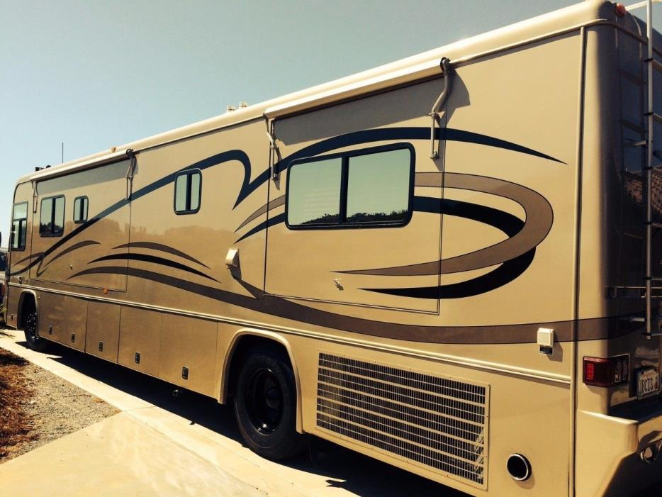 2002 Country Coach ALLURE DOUBLE SLIDE