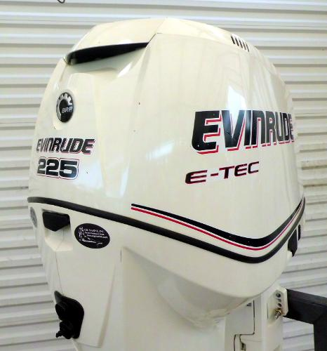 2013 Evinrude  E-TEC 225HP 25 INCH SHAFT .. DIRECT INJECTED 2-STROKE OUTBOAR