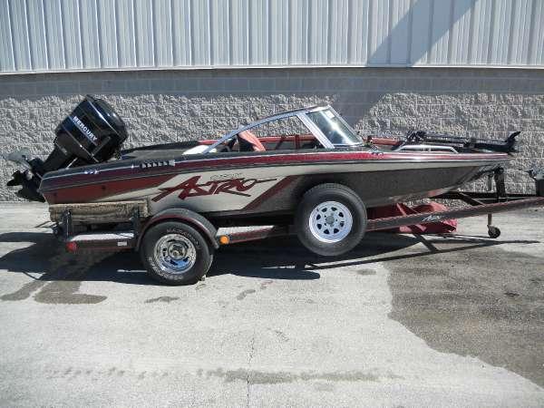1992 Astro Boats 17FSX
