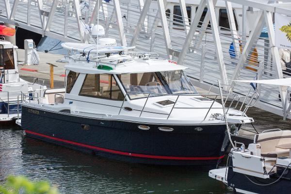 2017 Cutwater C-28 Luxury Edition