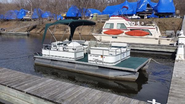 Weeres Pontoon Boats Boats for sale