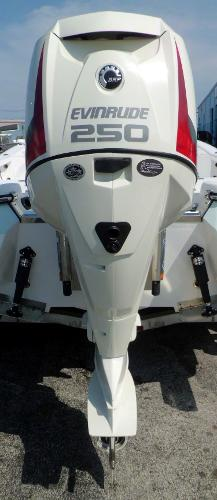 2015 Evinrude 250HP 25 INCH SHAFT .. DIRECT INJECTED 2-STROKE OUTBOAR