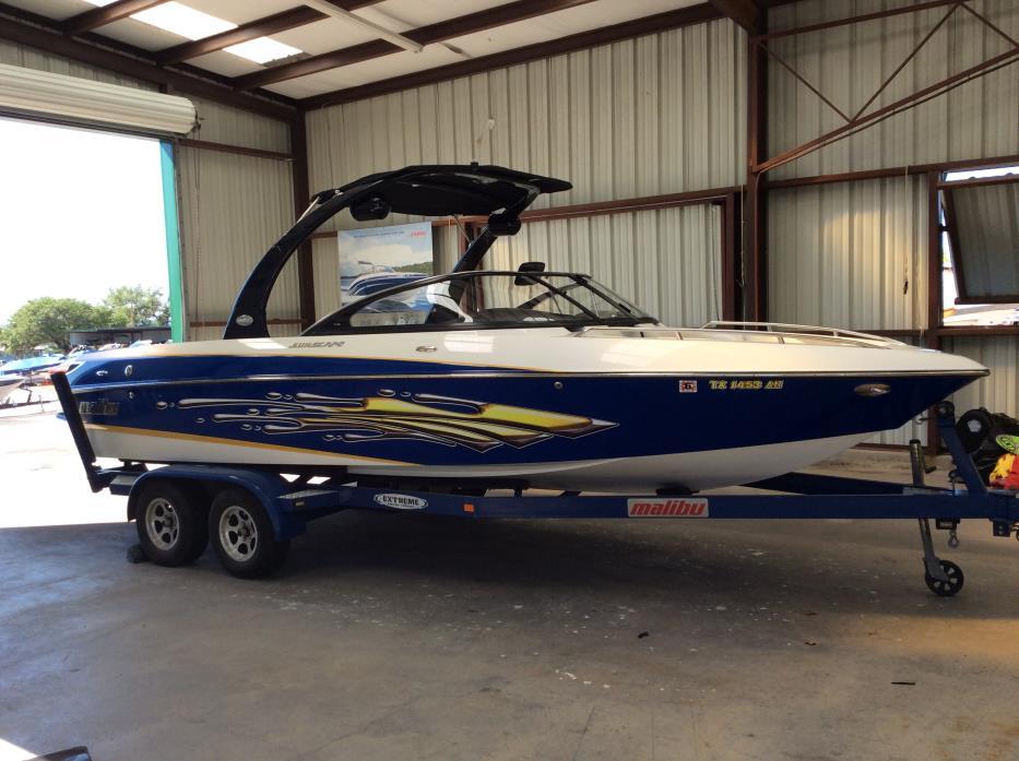 2007 Malibu Boats LLC Luxury Sport-V Series Sunscape 23 L