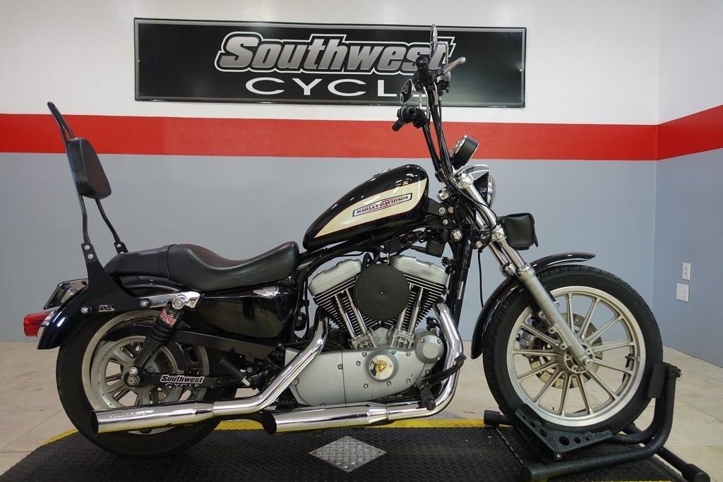 2005 Harley-Davidson Sportster 1200 Roadster