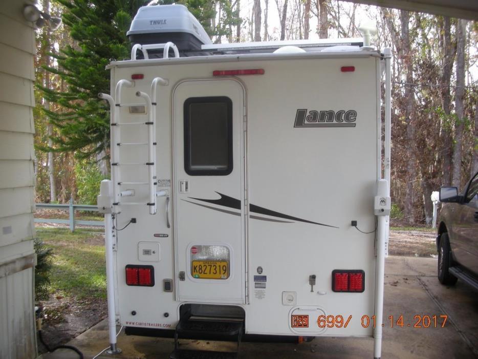 2008 Lance 825