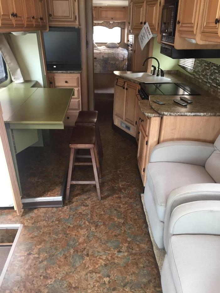 2010 Thor Motor Coach FOUR WINDS