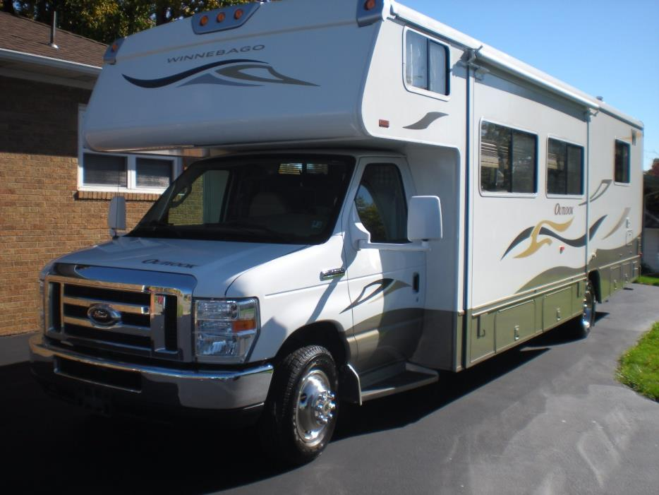 2008 Winnebago OUTLOOK 31C
