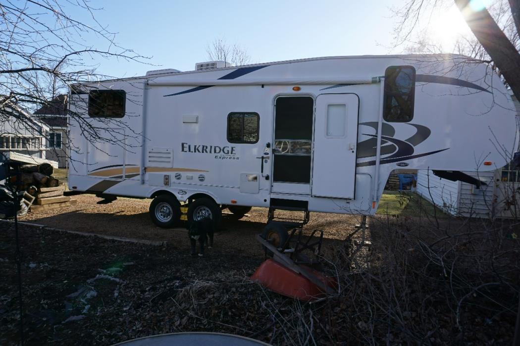 2011 Heartland ELKRIDGE E26