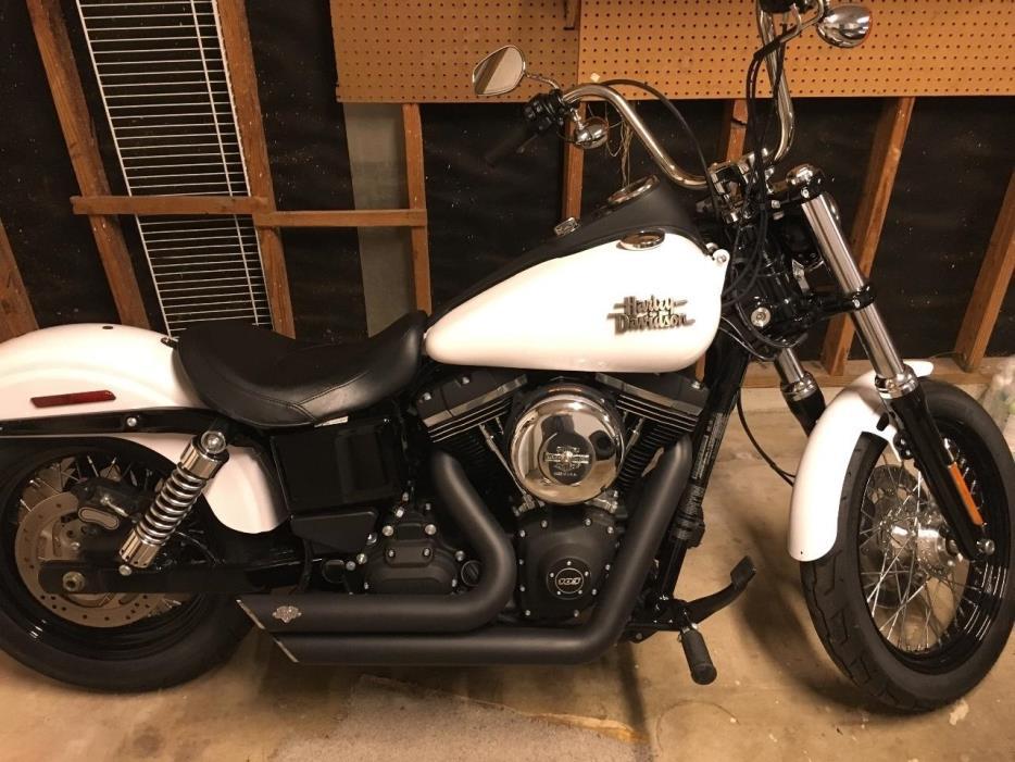 2016 Harley-Davidson DYNA STREET BOB DAYTONA