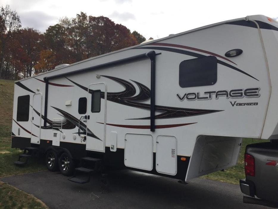 2012 Dutchmen VOLTAGE V3005