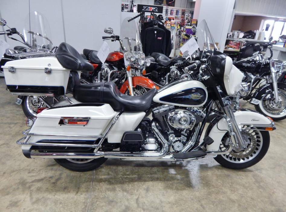 2012 Harley-Davidson FLHTC Electra Glide Classic - Two-T