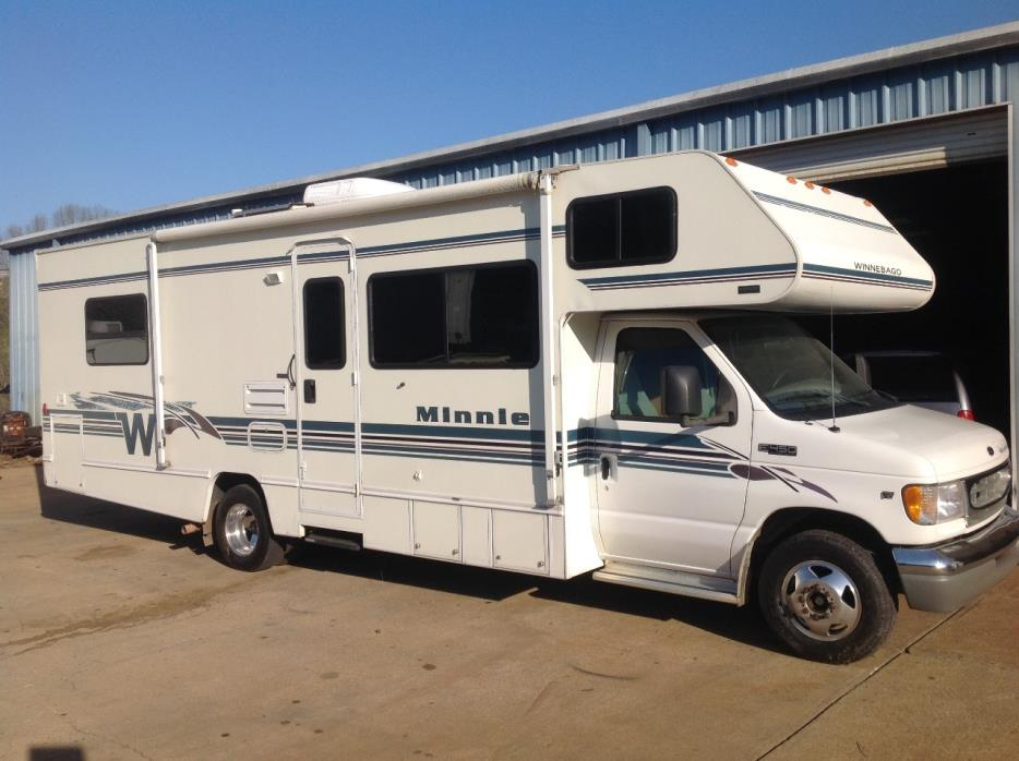 2001 Winnebago MINNIE 29D