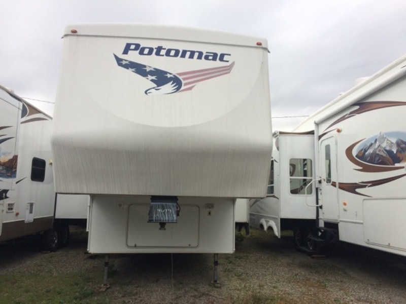 2005 Potomac 5231RLS