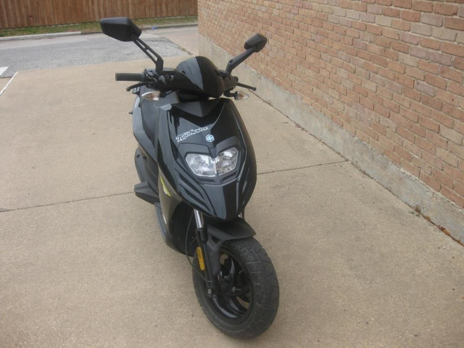 piaggio typhoon 125 motorcycles for sale in texas. Black Bedroom Furniture Sets. Home Design Ideas