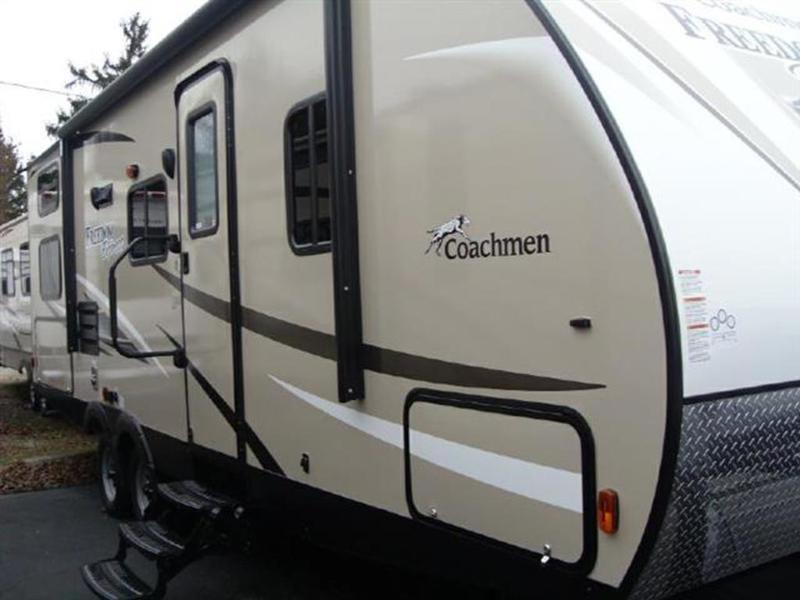2016 Coachmen Freedom Express 25SE