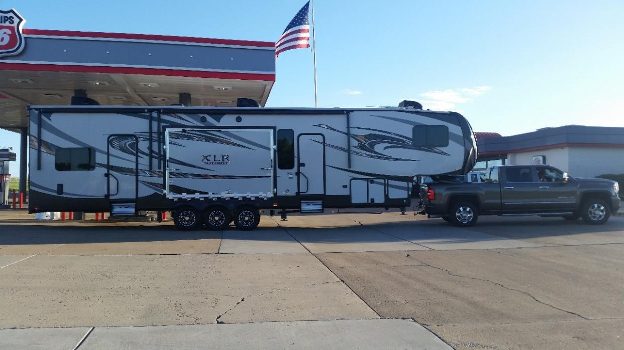 2016 Forest River XLR THUNDERBOLT 420AMP