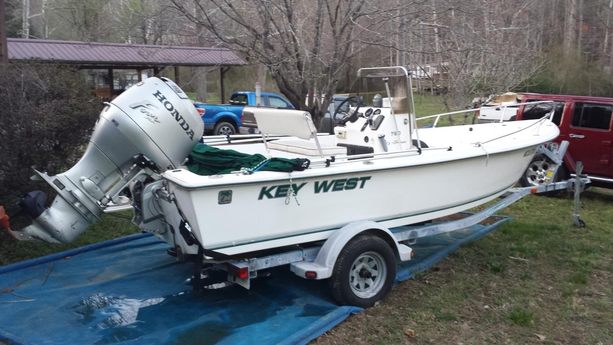 1998 Key West 1720 Sportsman