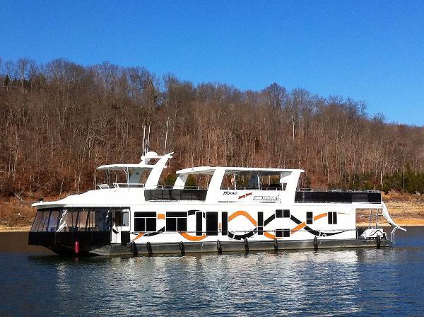 2002 Sharpe 18' x 84' Houseboat