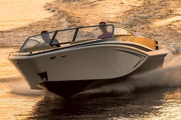 2017 Glastron GT 225