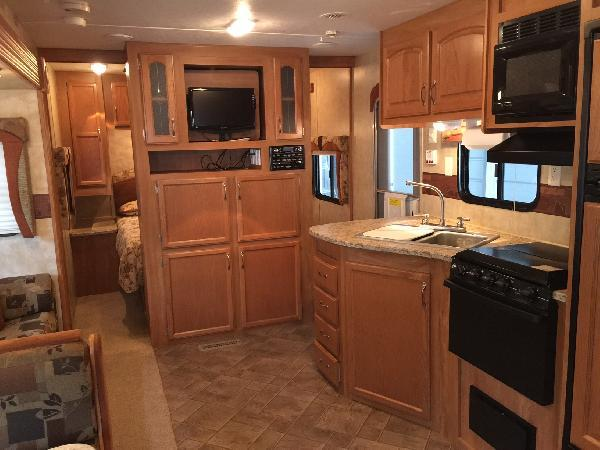 2009 Starcraft Autumn Ridge 329bh