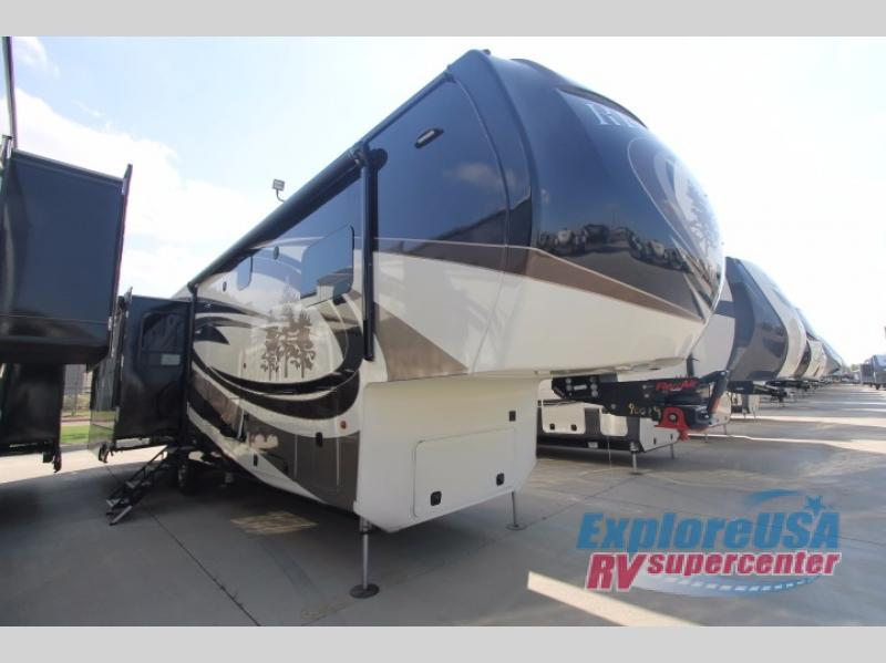 2017 Redwood Rv Redwood 3921GK