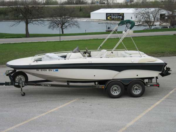 2000 Astro Boats 2050SD