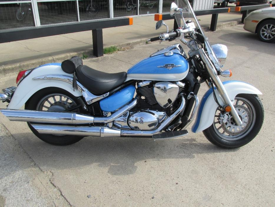 How To Get To The Battery On A Suzuki Boulevard