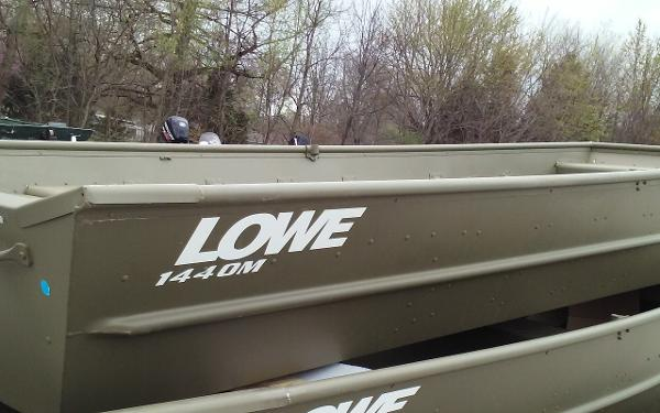 2017 Lowe L1440M