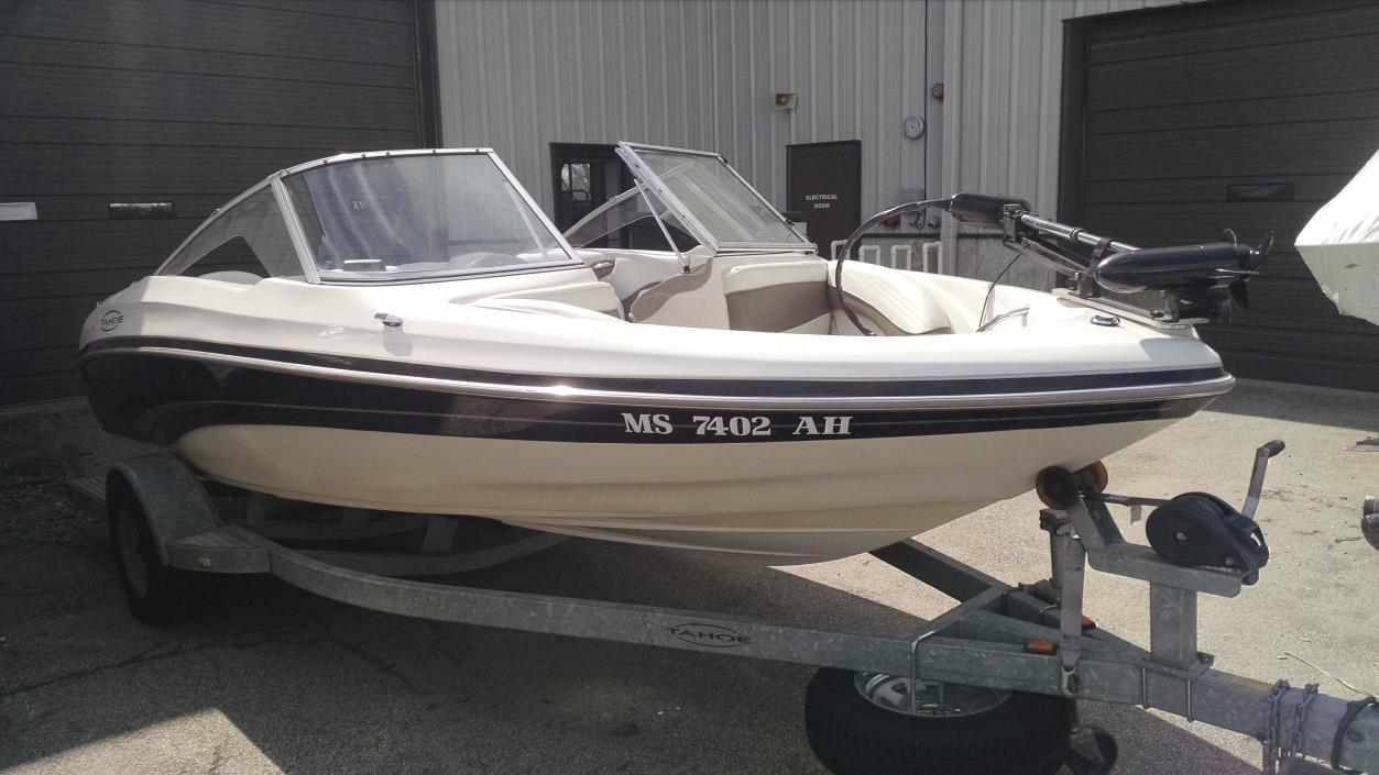 Tahoe q3 fish and ski vehicles for sale for Fish and ski boats for sale craigslist