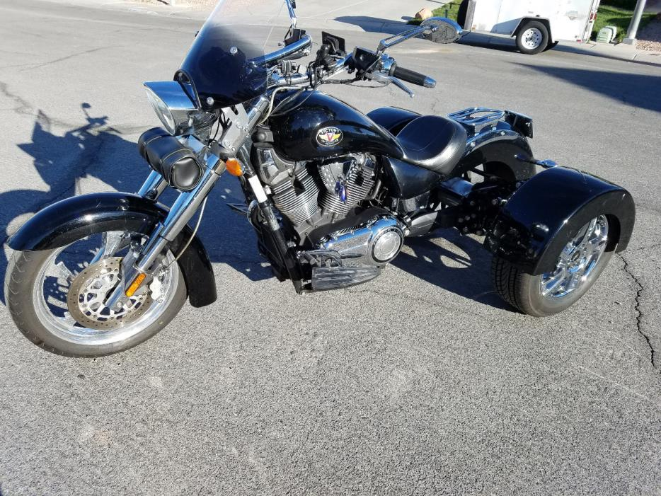 Victory Kingpin Low Premium Motorcycles For Sale