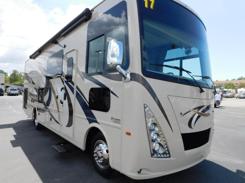 2017 Thor Motor Coach WINDSPORT 29M FULL WALL SLIDE KING BED 2 A/C'S