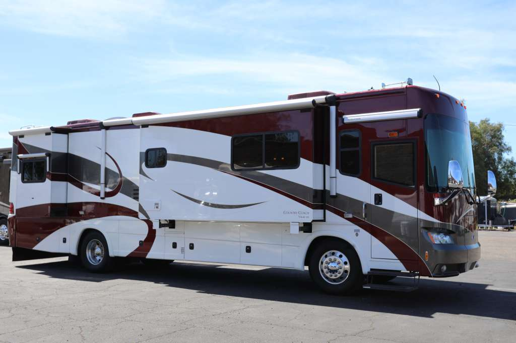 2007 Country Coach Tribute 260 Glacier 400