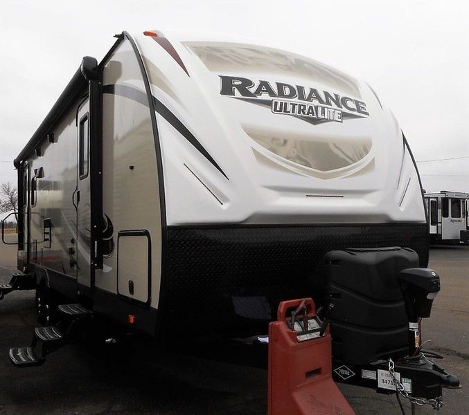 2018 Cruiser Radiance 25RL