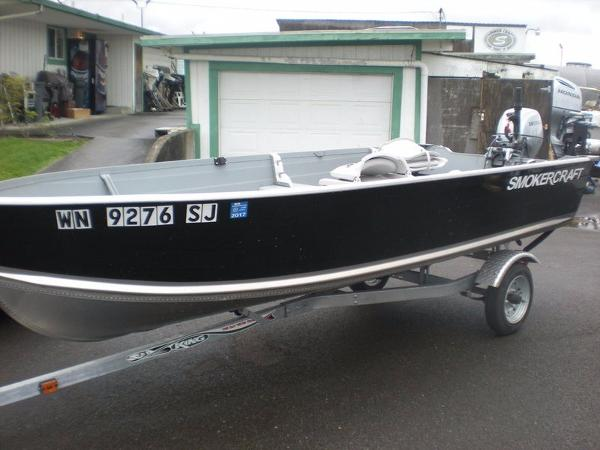 2016 Smoker Craft Voyager 14