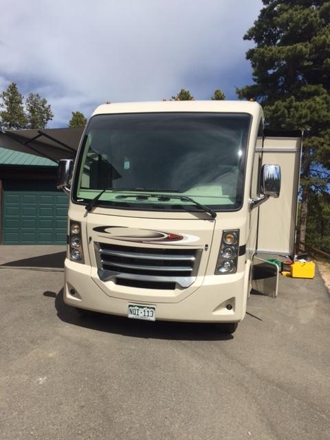 2017 Thor Motor Coach VEGAS 25.4