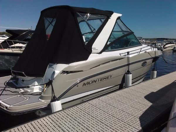 2016 Monterey 295SY Sport Yacht