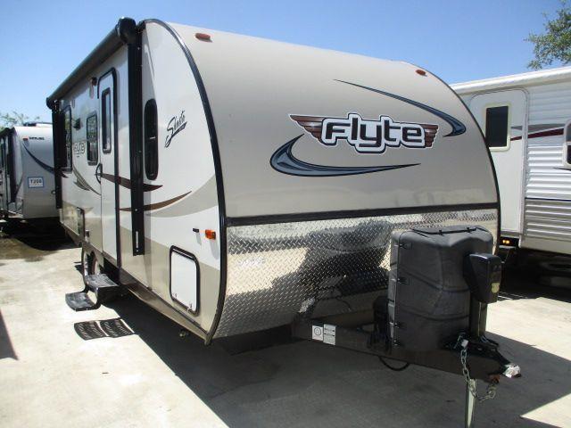 2015 Shasta Flyte 215CK