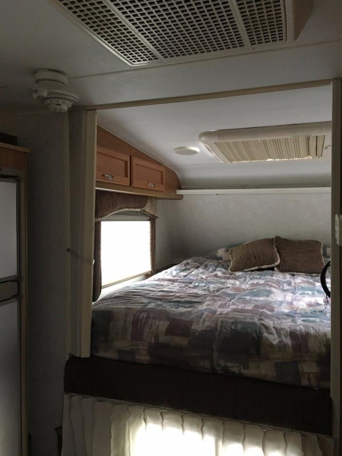 Solar Powered Camper >> Lance 881 RVs for sale