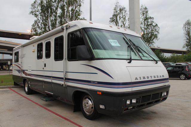 1997 Airstream Land Yacht 33.5