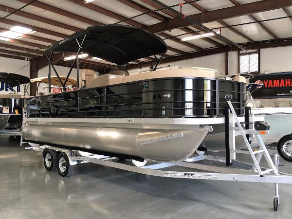 Pontoon Boats for sale in Sanford, Florida