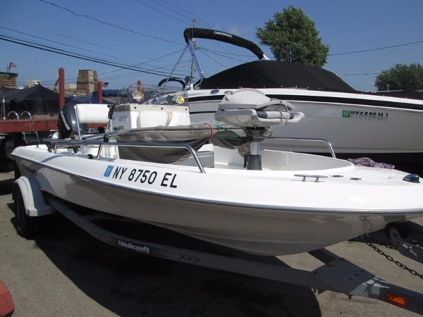 2001 Wellcraft 160 Fisherman
