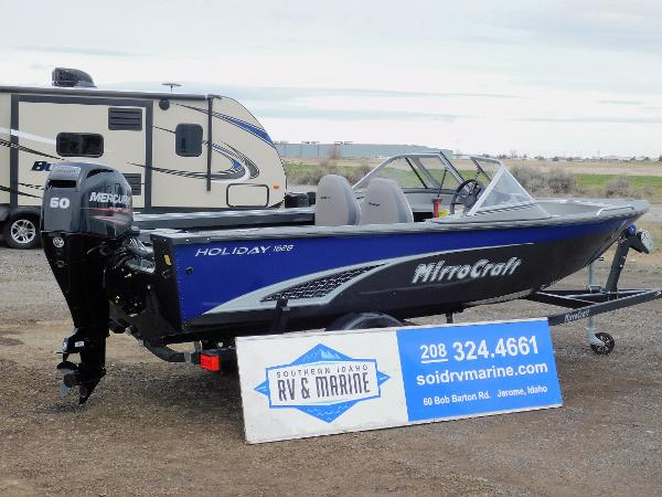 BLUE BOAT COVER FITS MIRRO CRAFT TROLLER EXP 1685 2014