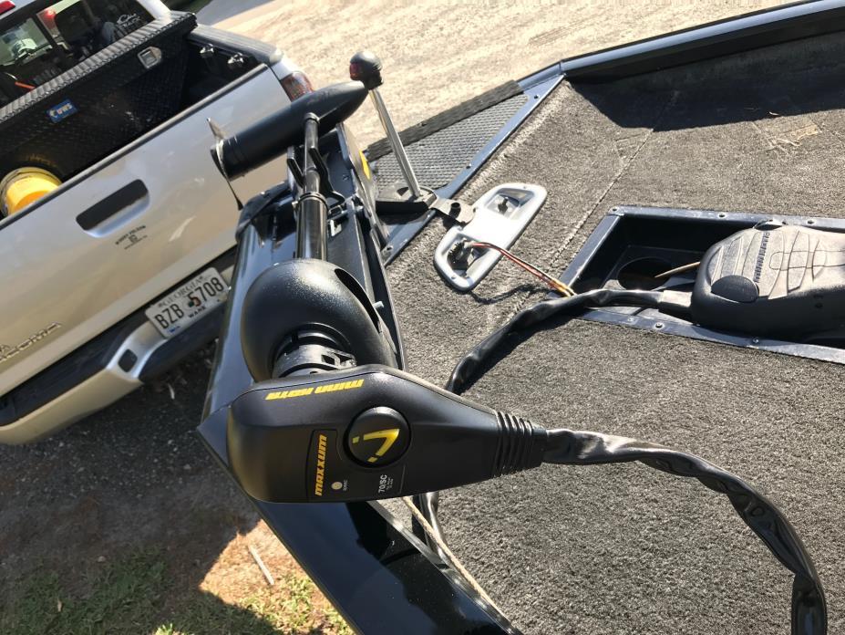 2014 Bass Tracker PRO TEAM 190