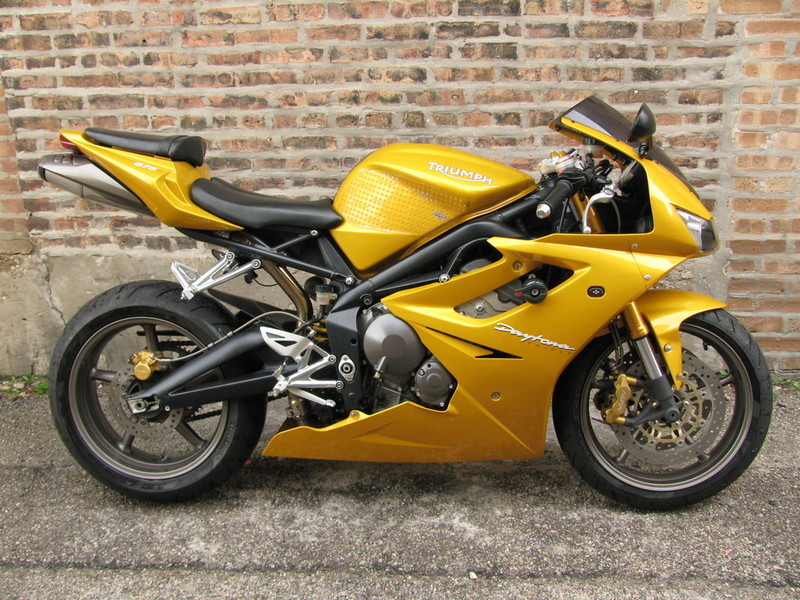 triumph daytona motorcycles for sale in illinois. Black Bedroom Furniture Sets. Home Design Ideas