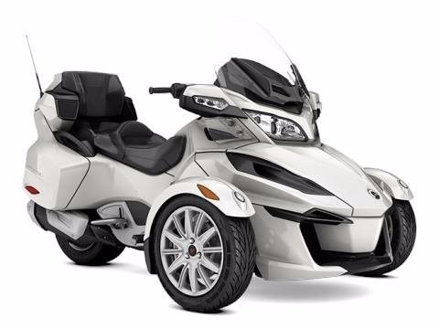 2017 Can-Am Spyder RT SM6