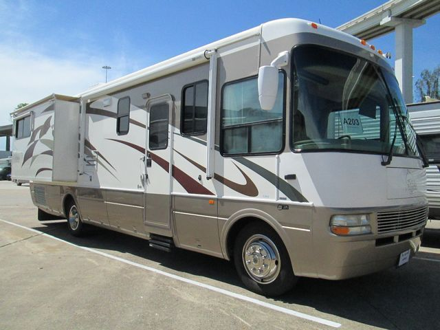 2005 National Rv Dolphin Limited Edition 5342LX