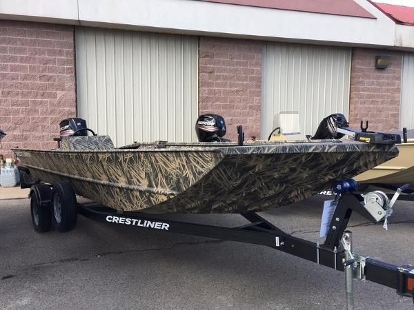 2017 Crestliner 2070 Retriever SC/CC Side Console
