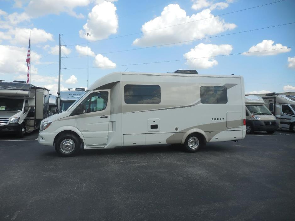 2017 Leisure Travel Vans UNITY U24MB