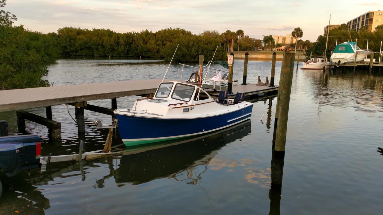 1984 SISU Bass Boat