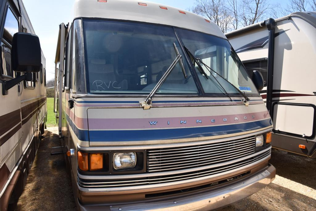 1989 Winnebago Chieftain 31RQ
